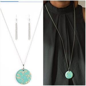 BACK TO EARTH BLUE NECKLACE/EARRING SET